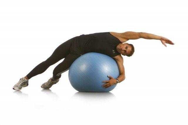 estirar-lateral-fitball