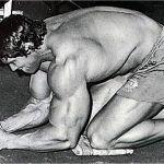 Arnold dice; actualiza tus abdominales