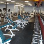 El bibliotecario en la sala de fitness